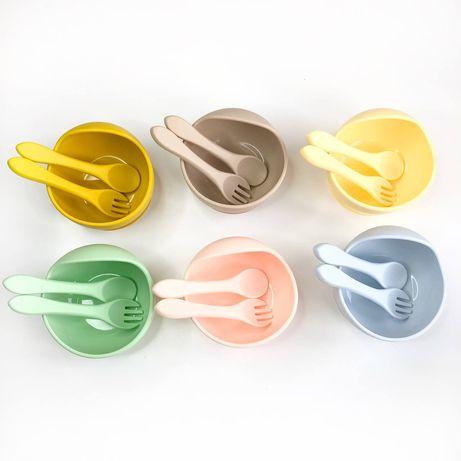 Набор посуды из силикона тарелка ложка вилка нагрудник детская посуда