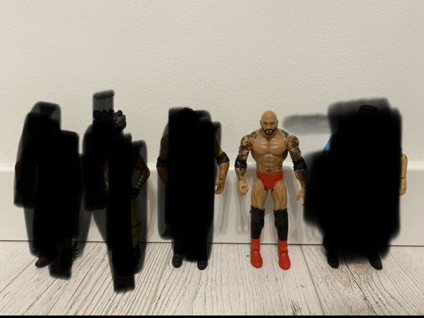 Figurki WWE Elite i Basic