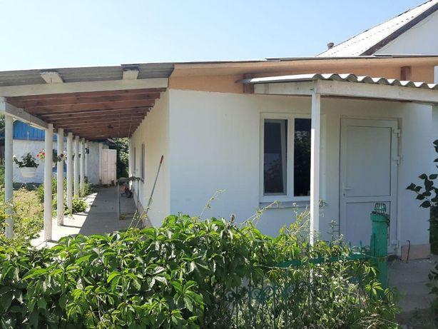 Продам дом с участком 50 соток (2 огорода и сад) в пригороде Саврани