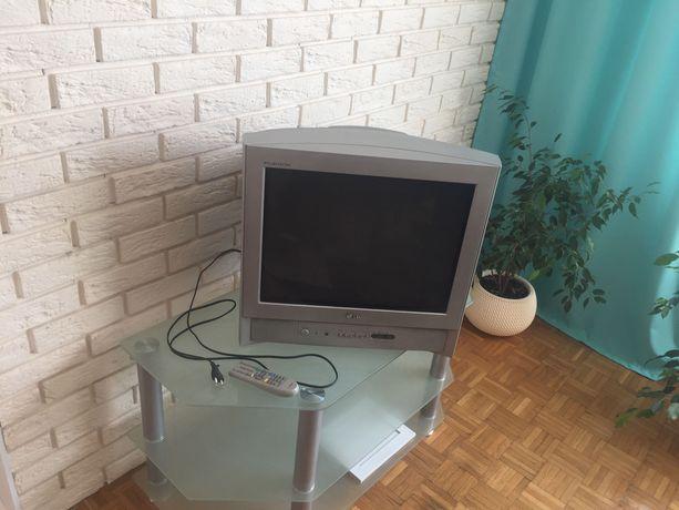 Telewizor kineskopowy LG Flatron 21