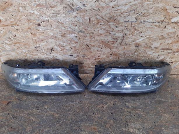 Lampa/ reflektor przedni prawy lewy Renault Laguna 2 XENON