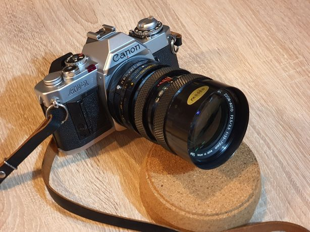 Kolekcjonerska Lustrzanka Canon AV-1 + Soligor 35-70mm Macro 1979