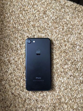 iPhone 7 32gb в хорошому стані тач айді працює  все працює