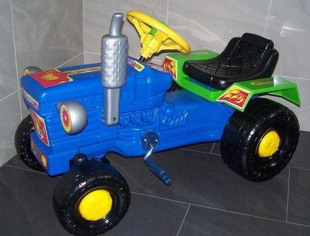 Nowy duży traktor na pedały,polski traktorek z przyczepą dla dzieci