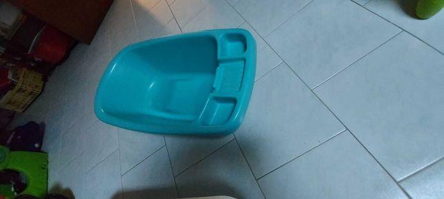 Banheira de bebé em plástico