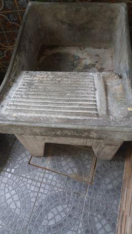 Tanque  em cimento