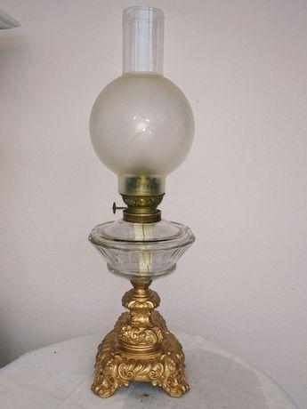 Керосиновая лампа.Металл,стекло.Высота-55(35),диаметр-20.Франция
