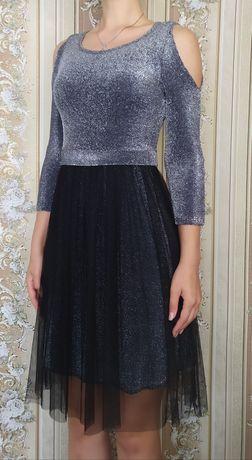 Чёрно-серое платья