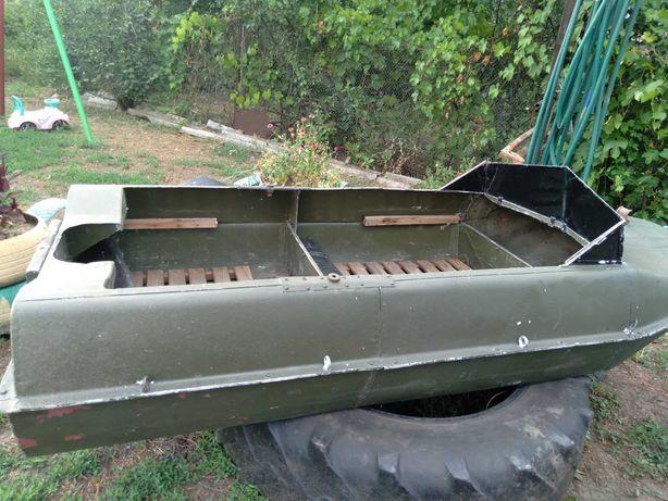 Продам маленькую лодку