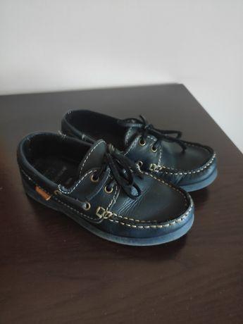 Sapatos de vela tamanho 28