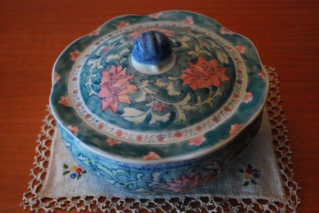 Terrina Antiga Chinesa Motivo Floral em Tons Rosa/Verde/Azul