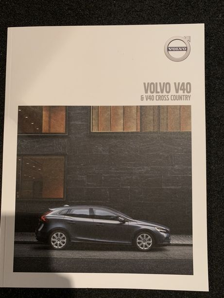 Prospekt Volvo V40