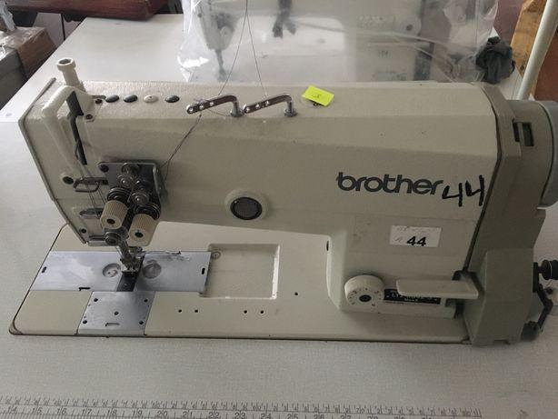 Двухигольная швейная машина Brother