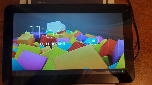 Продам планшет Globex GU1011C Blue