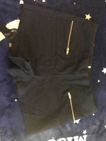 Чёрные шорты с высокой посадкой
