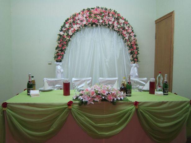 Продам свадебную арку из роз