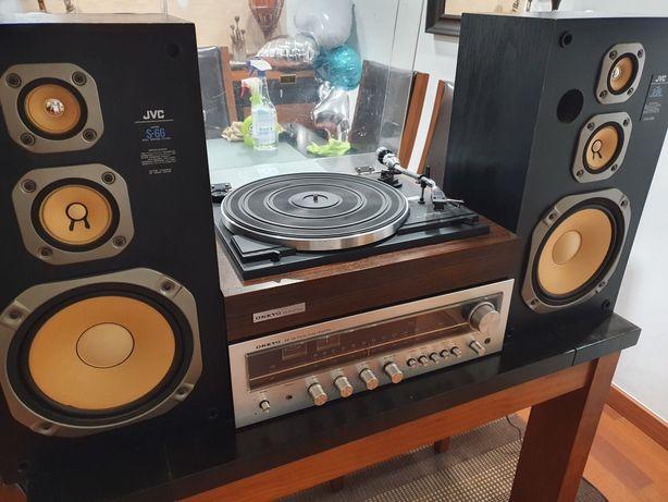 Aparelhagem vintage Onkyo y7000 com gira discos