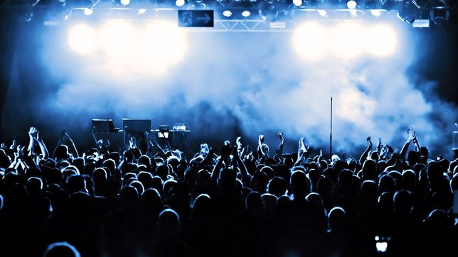 Ищу музыкантов в рок группу.