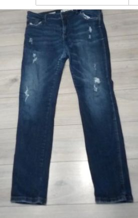 Nowe Spodnie Jeansy Rurki bershka r:L