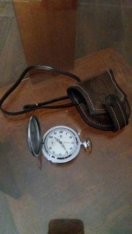 Карманные часы с чехлом