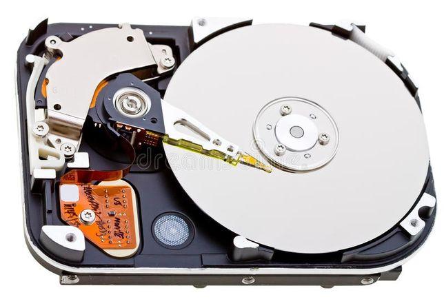 Odzyskiwanie danych z kart pamięci SD, dysków HDD , SSD , pendrive.