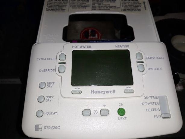 regulator temperatury Honeywell ST9420C