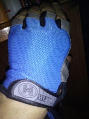 Продам перчатки без пальцев.щ