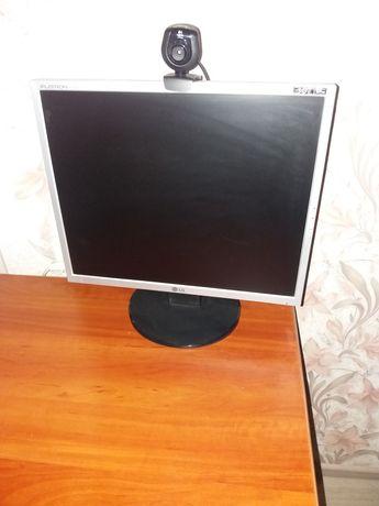 Монитор LG FLATRON L1592S
