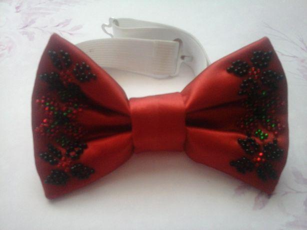 Бабочка-галстук, метелики