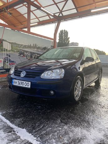 Продам Volkswagen Golf 5