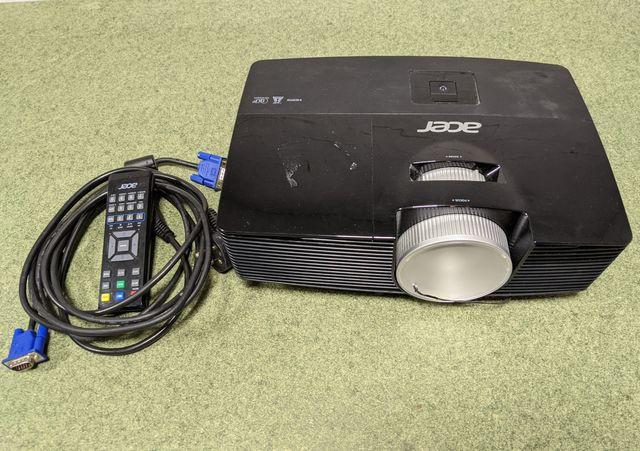 Projektor Acer X113H DLP