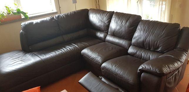 Sofá com chaise lounge Natuzzi em pele