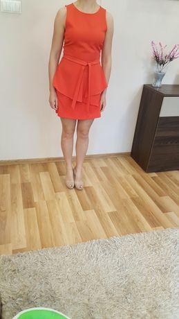 Sukienka rozmiar M 38 firmy Strativarius