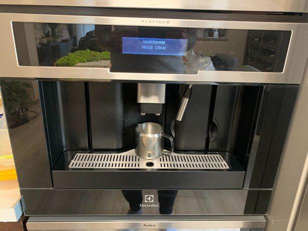 Ekspres do kawy Electrolux model EBC954513X