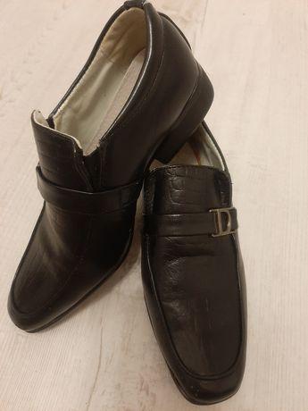 OKAZJA!!! Pantofle dla chłopca r.30