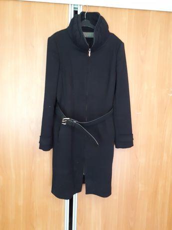 Płaszcz czarny ZARA M