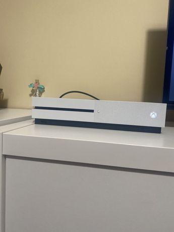 Xbox one 1tb como nova