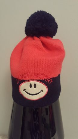 Różowo granatowa czapka z pomponem na zimę nowa