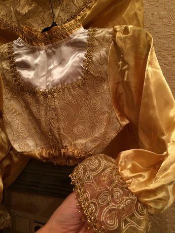 Карнавальний костюм(восточний)в золотому кольорі