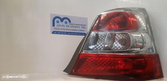 Farolim stop direito Honda Civic de 5 portas 2005