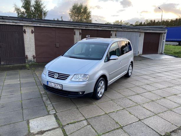 VW Touran z 2004r. 1.9TDI 7-mio osobowy, climatronic, nowy dwumas!
