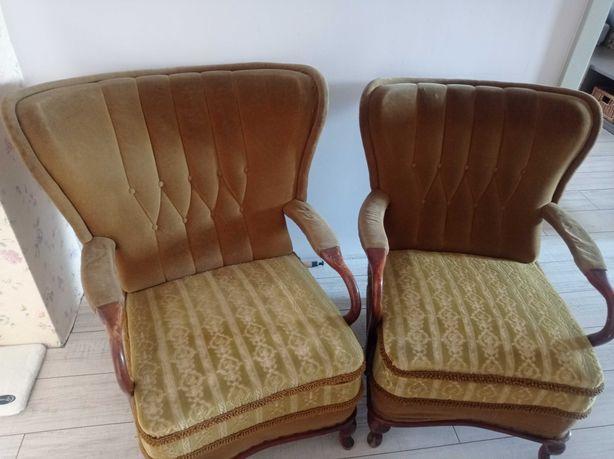 Komplet foteli. Zielone, wygodne i z klasą