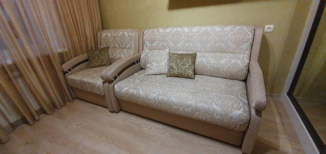 Продам диван с креслом. Оба раскладываются