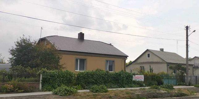 Продам будинок в м. Радивилові Рівненської області