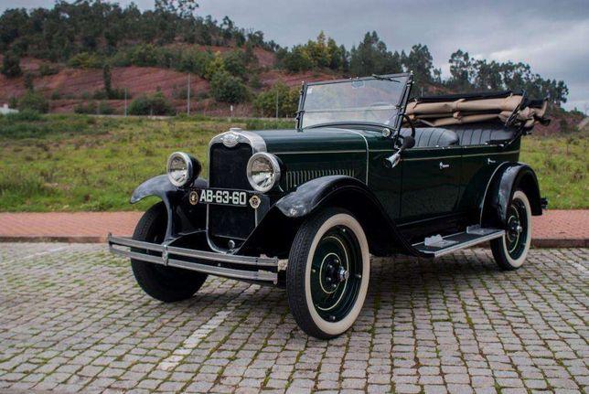 Carro antigo para eventos (Chevrolet 92 anos)