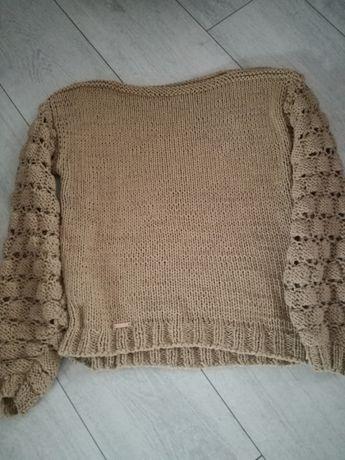 Sweterek ręcznie robiony rozmiar M