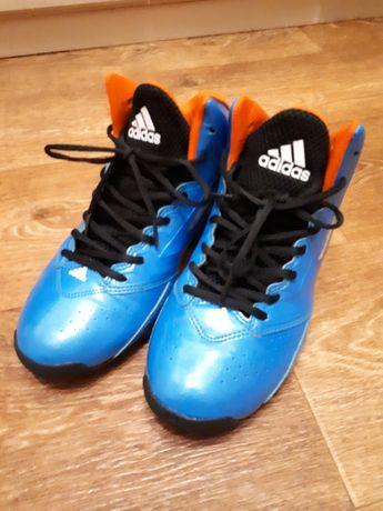Баскетбольные кроссовки Adidas 40p(26cм)