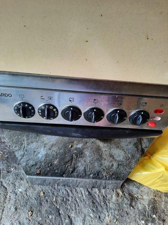 Sprzedam kuchnię gazową z piekarnikiem elektrycznym używaną stan dobry