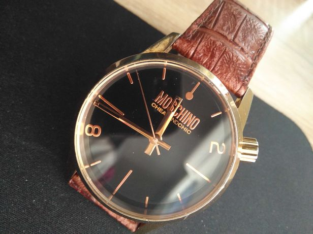 Moschino наручные часы