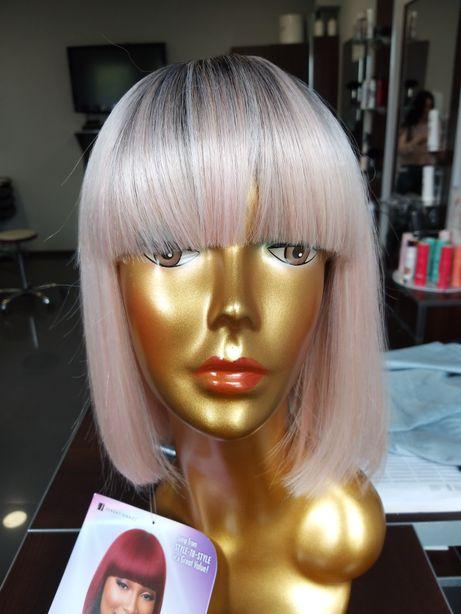 Peruka Hit !sztuczna blond różowa proste grzywka Sensationnel Talia